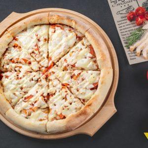 Пицца Цезарь - Является хитовой пиццей на протяжении нескольких месяцев.